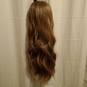Beautiful full wig 24""